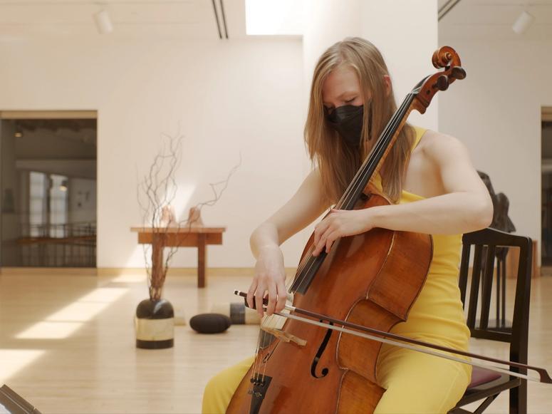 Cellist Arlen Hlusko