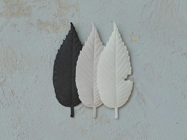 Ha Ko's paper leaf-shaped incense