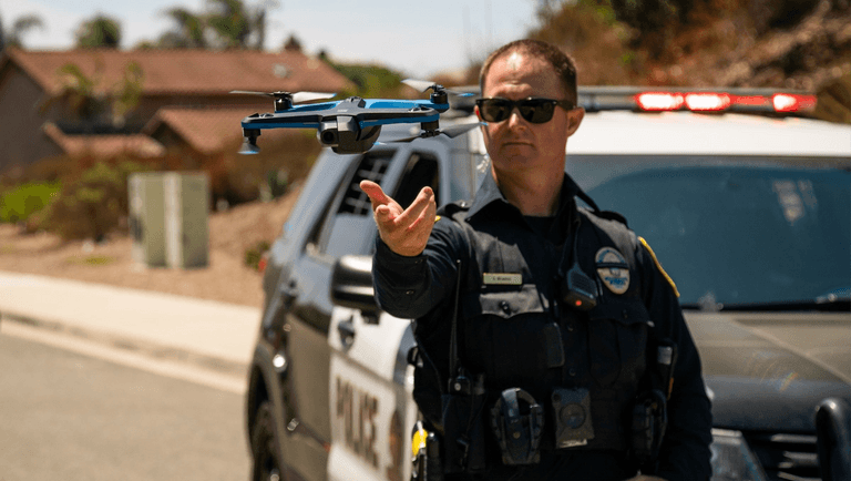 skydio autonomous drone assisting police law enforcement