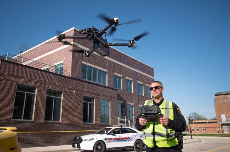 skydio public safety drone assisting law enforcement