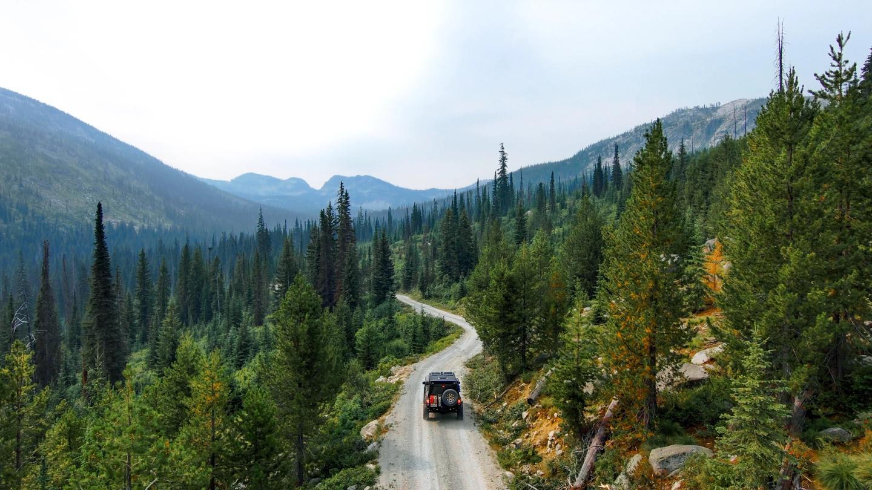 Cristin Whetten jeep follow skydio 2
