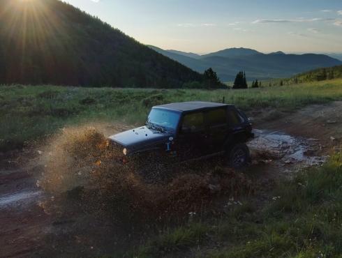 Jeep mud Skydio 2