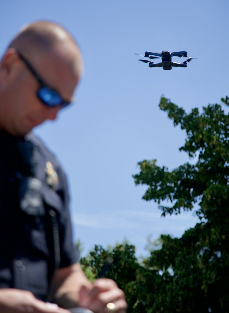 skydio 2 flying police