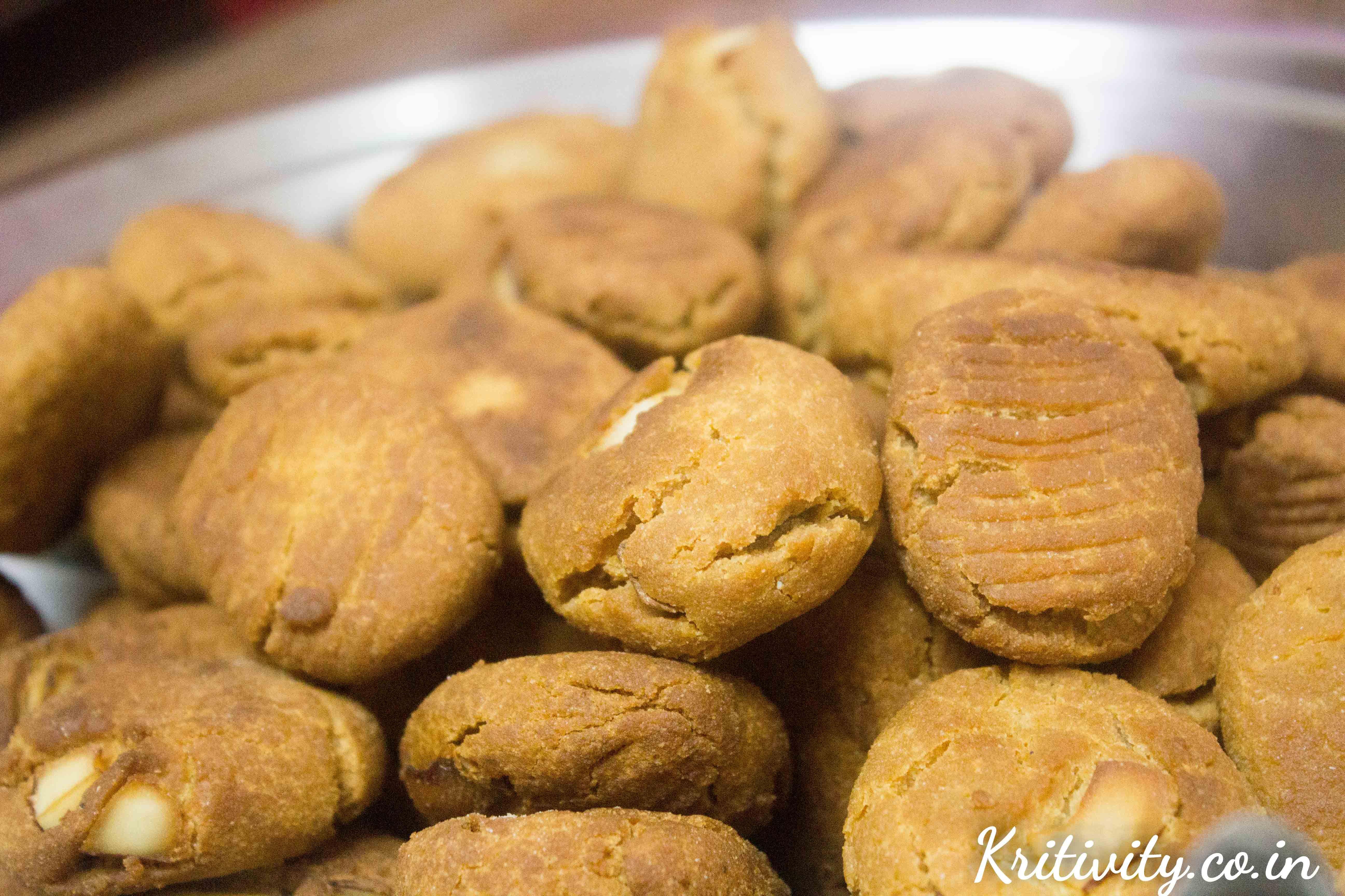 Khurmi : Wheat flour and jaggery sweet dish – Pola Special