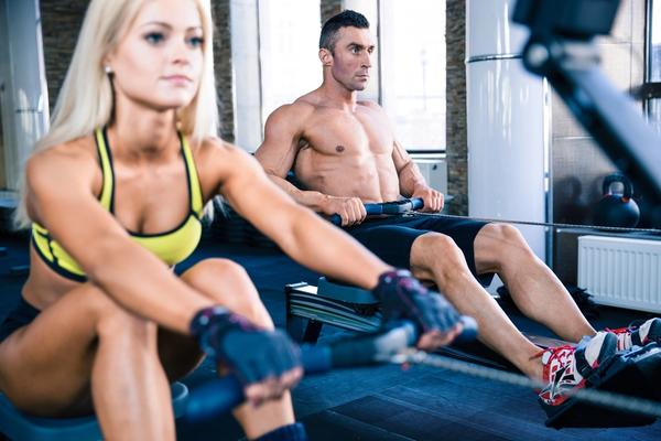 Man and woman training on the best rowing machines for less than $500