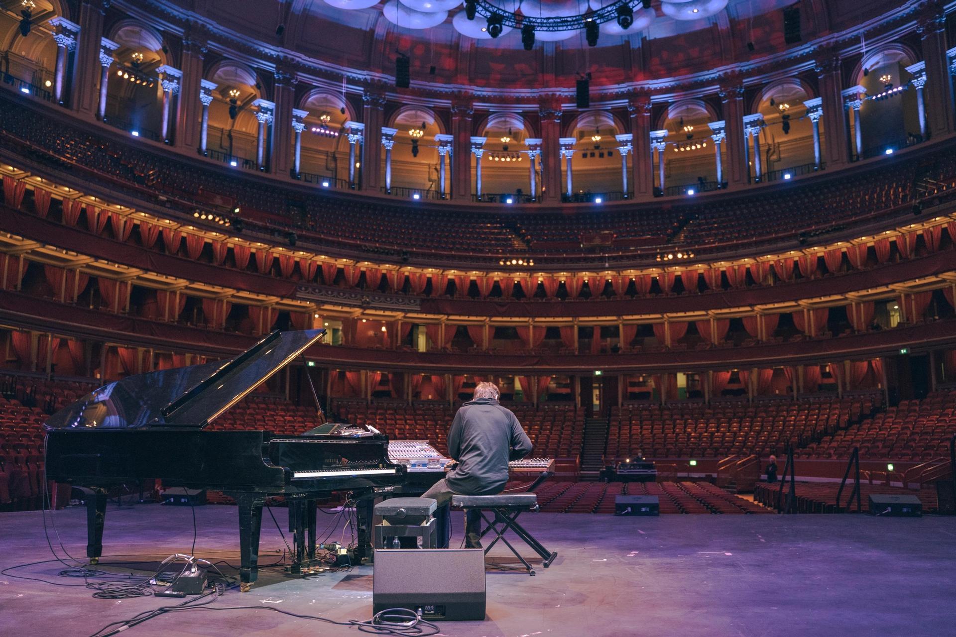 Royal Albert Hall Piano and Pianist