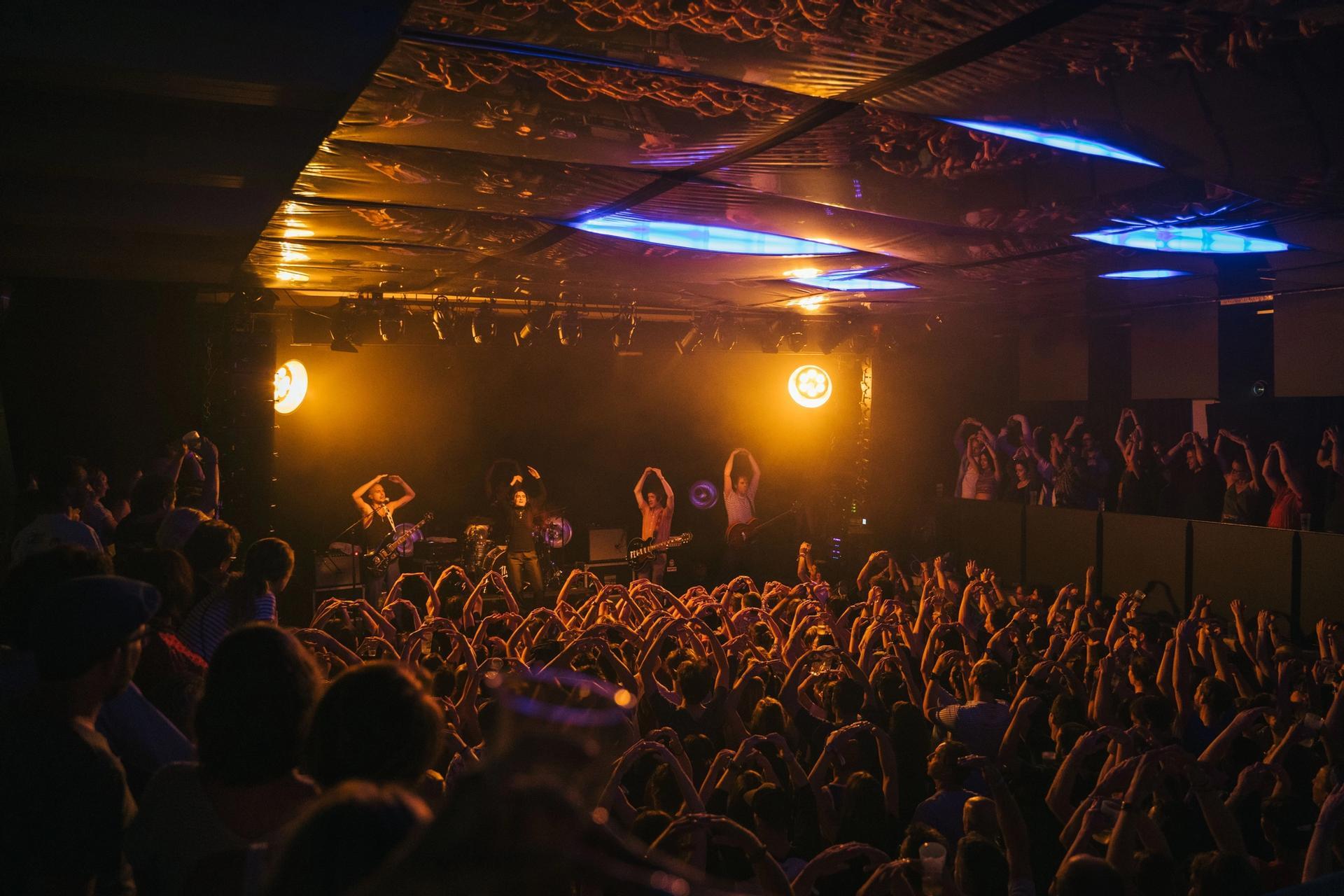 Mattiel band on stage Austria