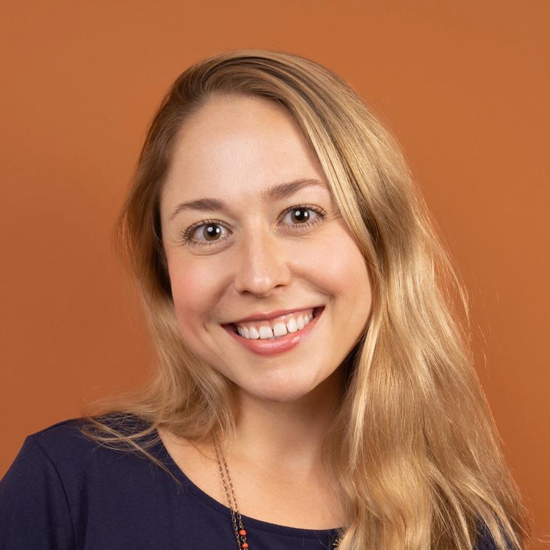 Danielle DeSimone, Health Coach