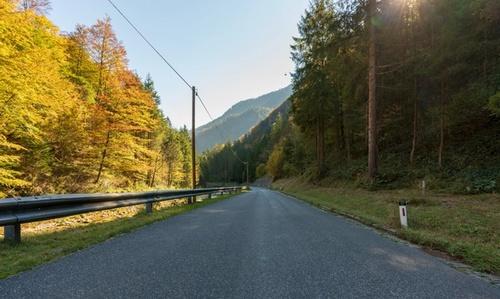Bilde av landevei