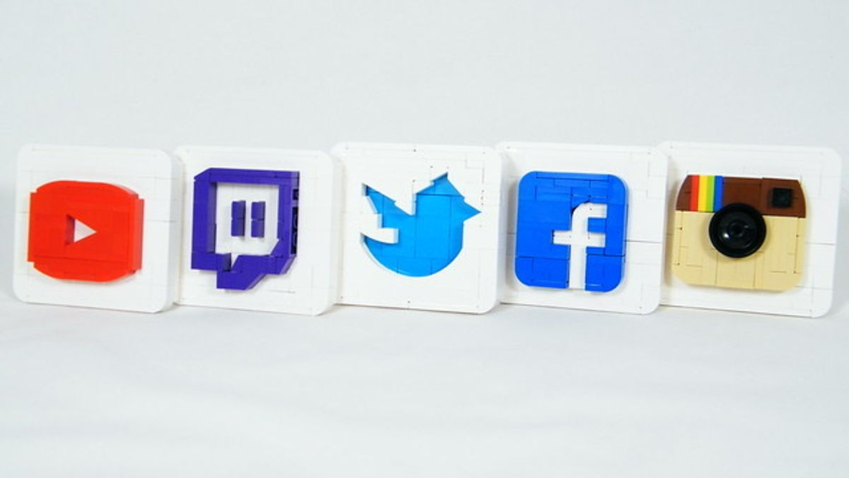Abstractions of social media icons