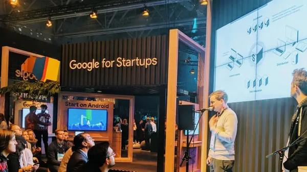 Knut and Bjørge presenting at Google for Startups at Slush'18