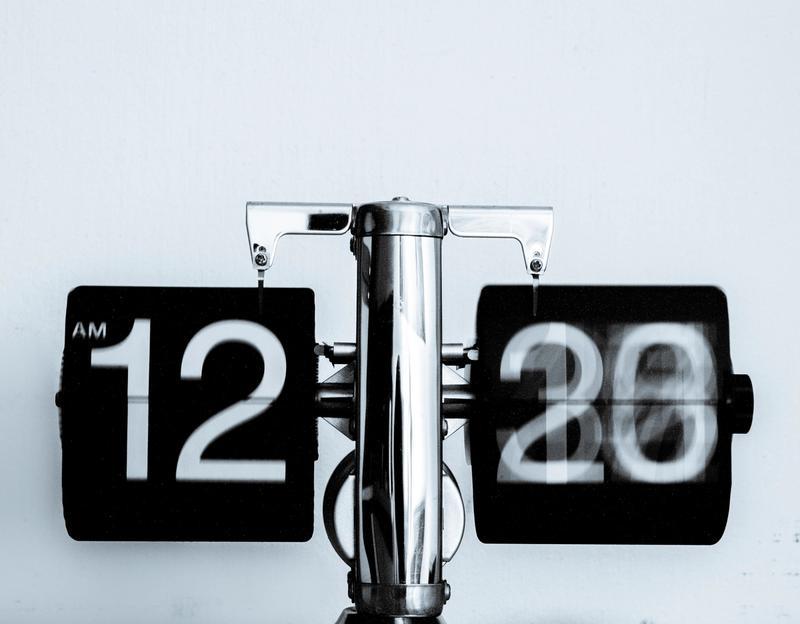 A flip clock flipping