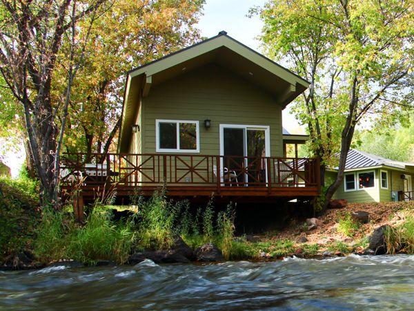 Frying Pan River Lodge River Cabin