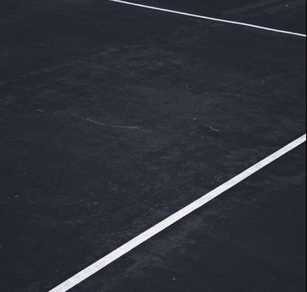 Floor court