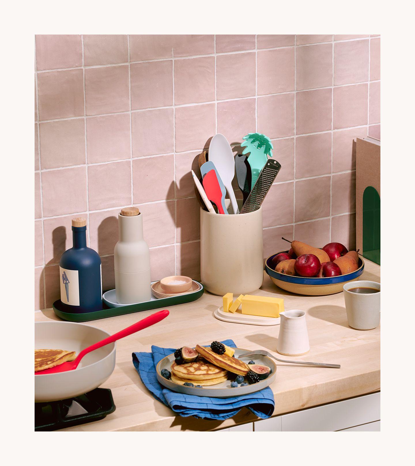 GIR Kitchen Tools in Situ