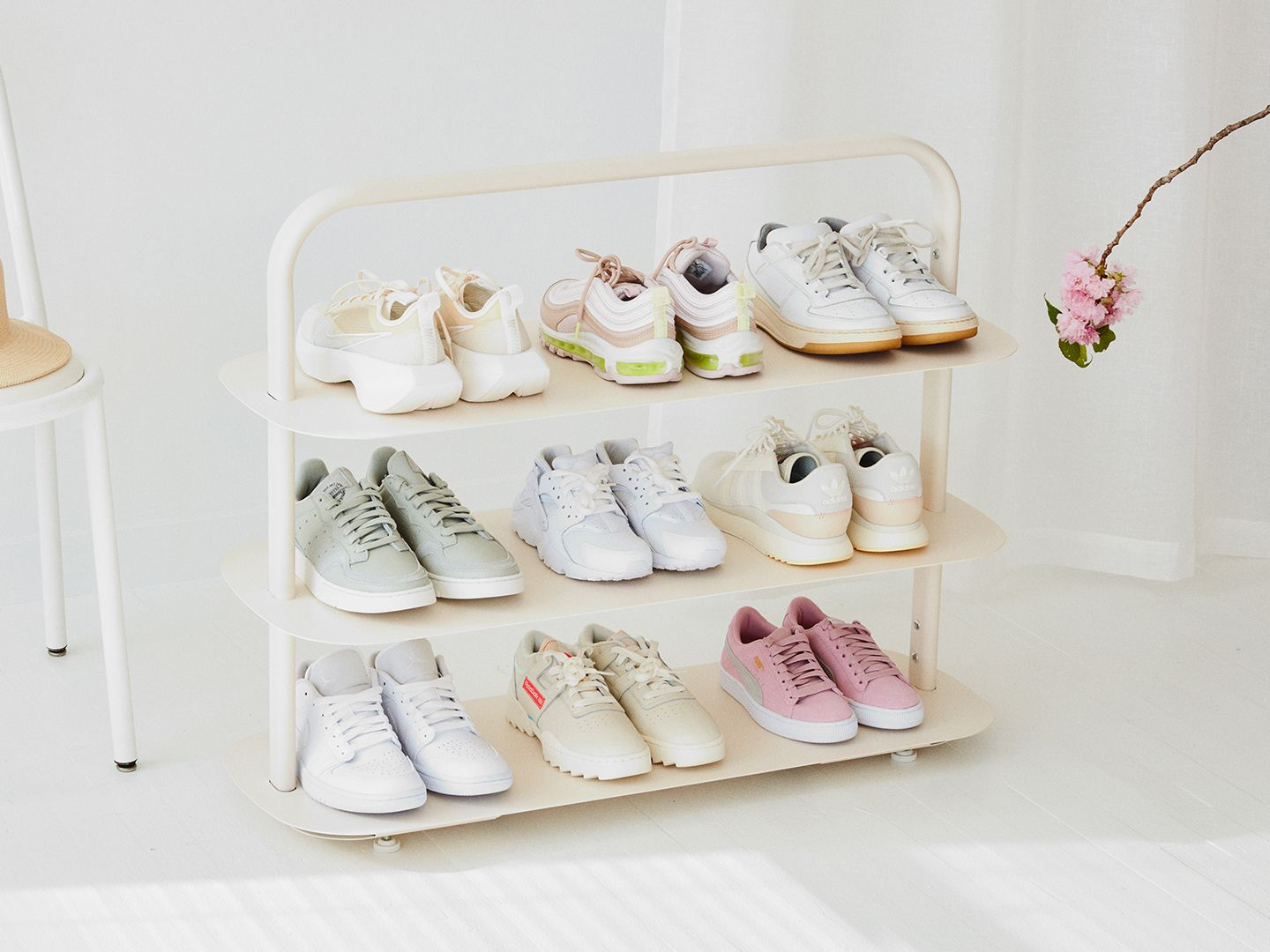 5050 Media - Cream Entryway Rack with Shoes