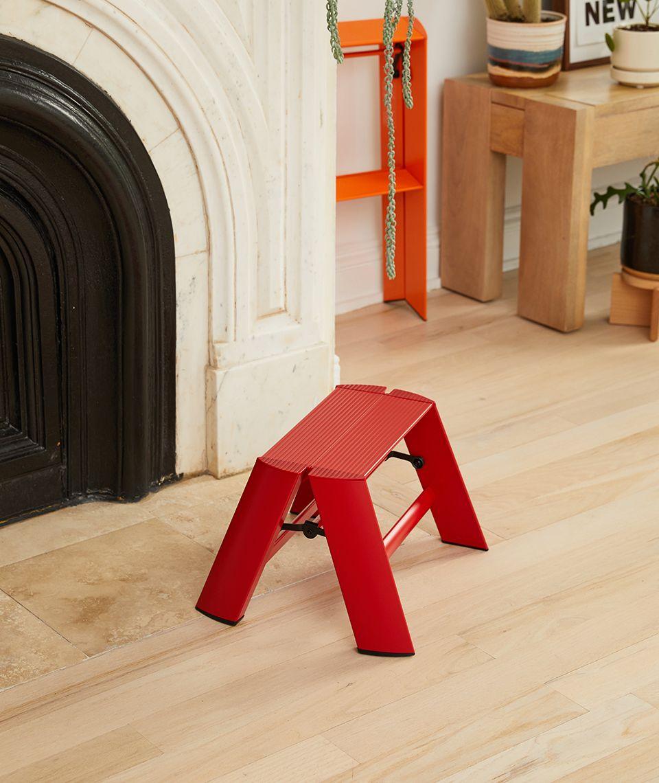 5050 Card - Cozy Living Room - Lucano 1-Step Stool - Desktop Image