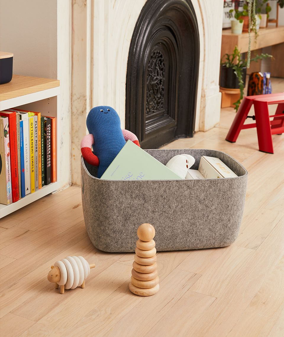 5050 Card - Cozy Living Room - Felt Bins - Desktop Image