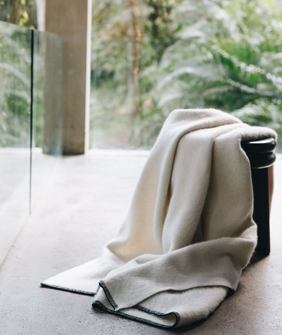 5050 Card - Cozy Living Room - Reversible Throw - Desktop Image