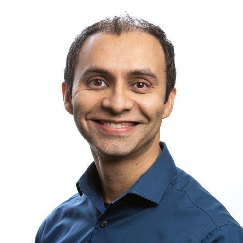 Ali Zaheer headshot