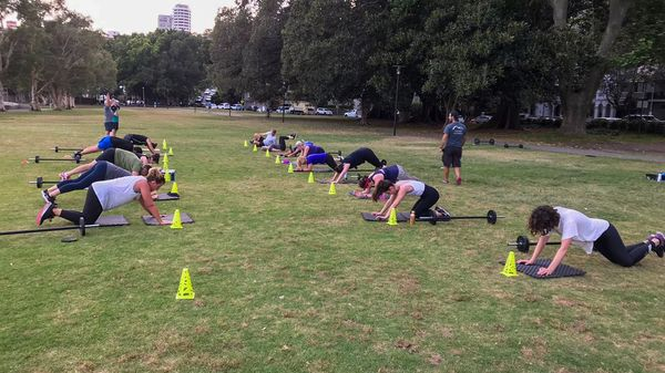 Rushcutters Bay Training with Barbells