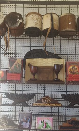 African drums and kinaras