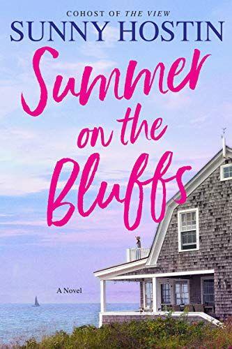 Summer on the Bluffs: A Novel (Oak Bluffs)