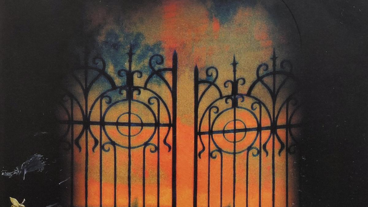 Cover Detail of Rebecca by Daphne du Maurier showing a painting of a stately home's gates