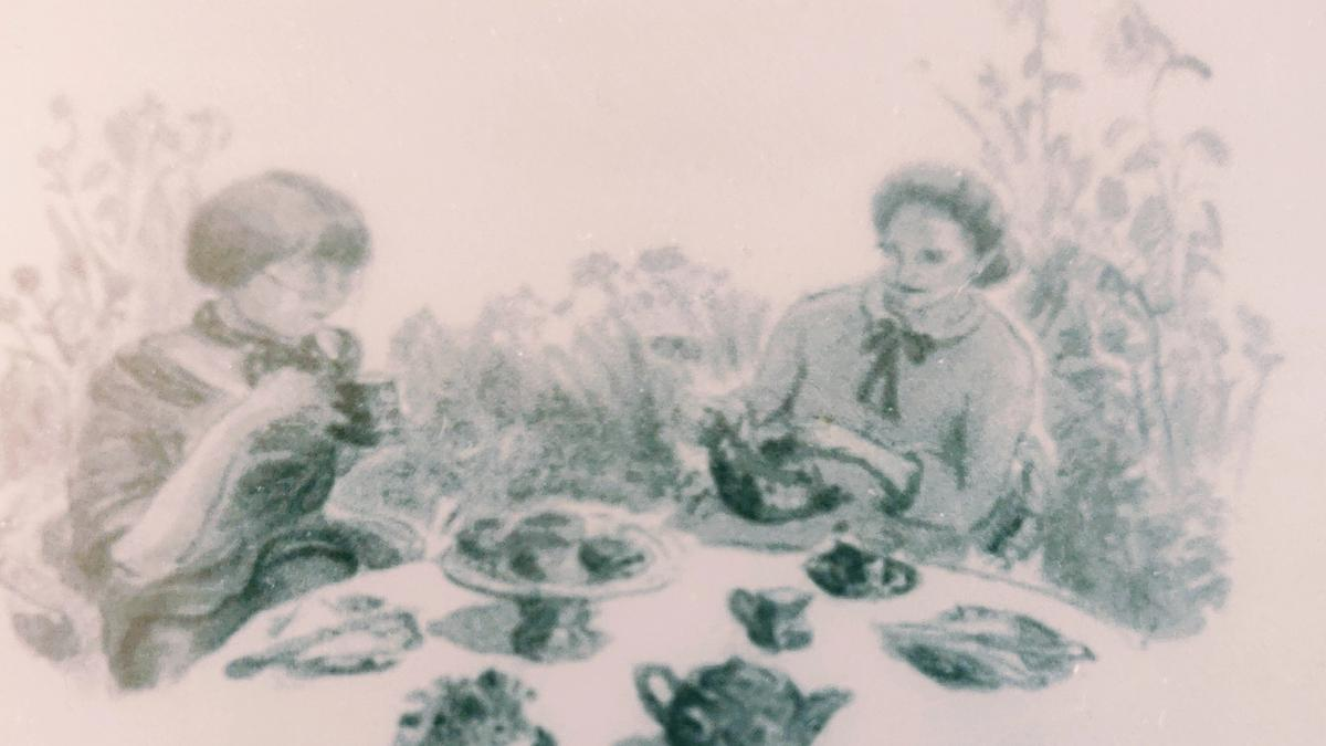 Cover detail from Gossip from Thrush Green by Miss Read showing two women having a cup of tea