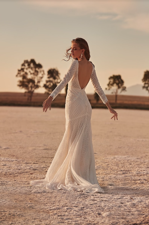 Editorial: Clair De Lune spencer gown one day bridal