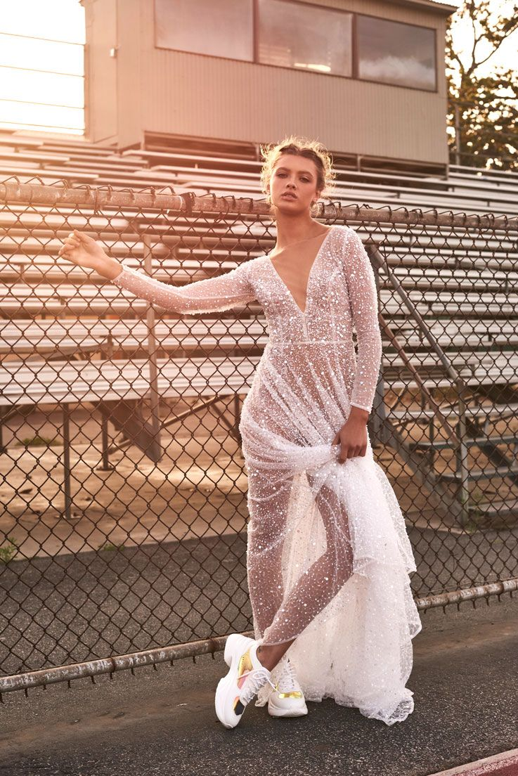 Editorial: End Game margot chosen by one day wedding dress