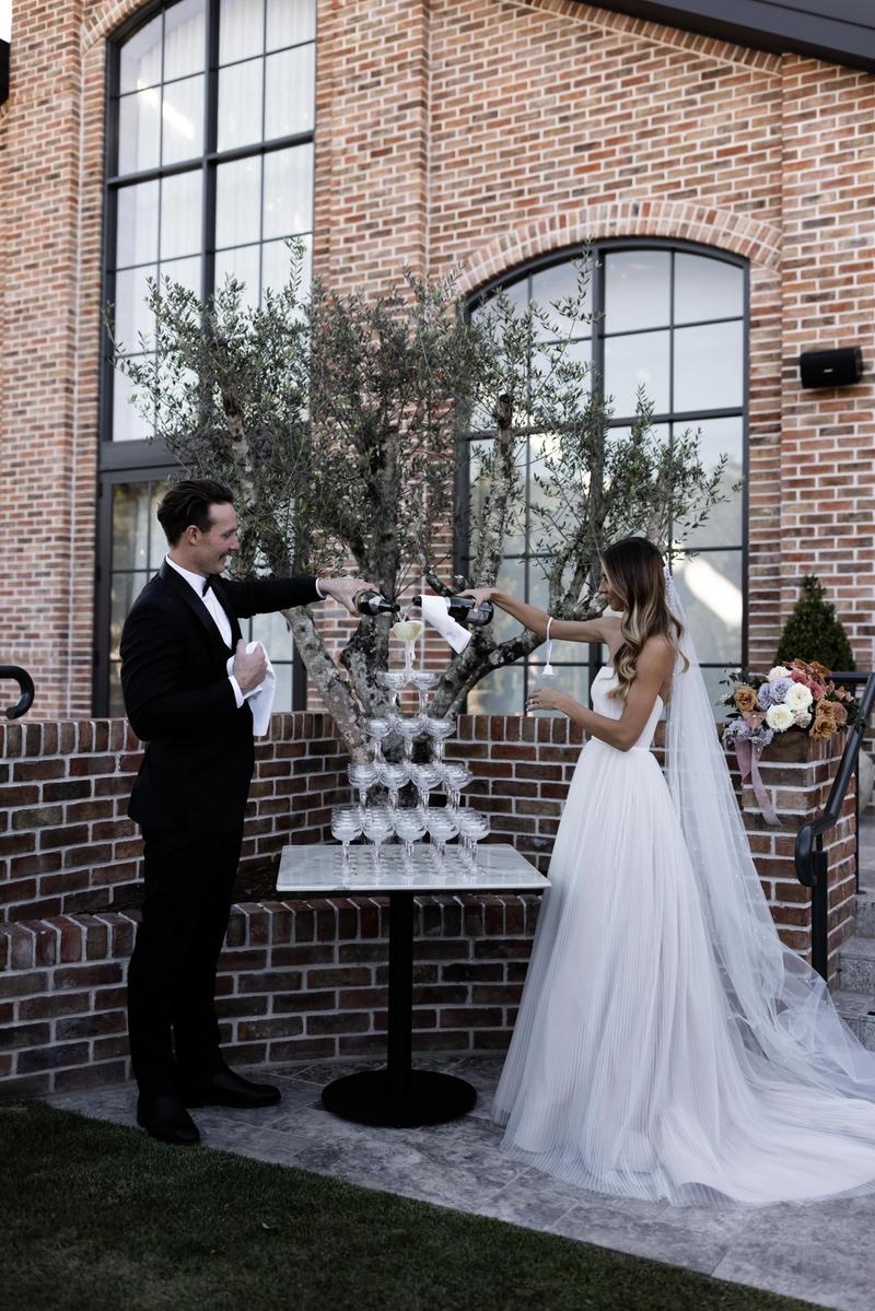 Lori & Frazer Eaton: Wylie gown