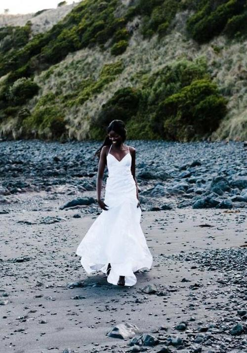 Editorial: Love's Keeper one day bridal gown wedding dress