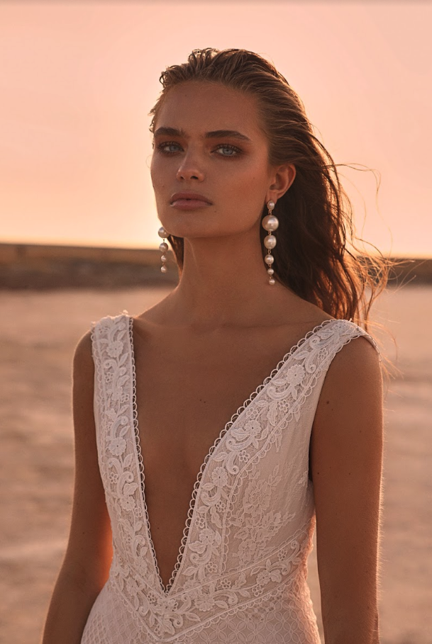 Editorial: Clair De Lune hillier one day bridal wedding dress lace