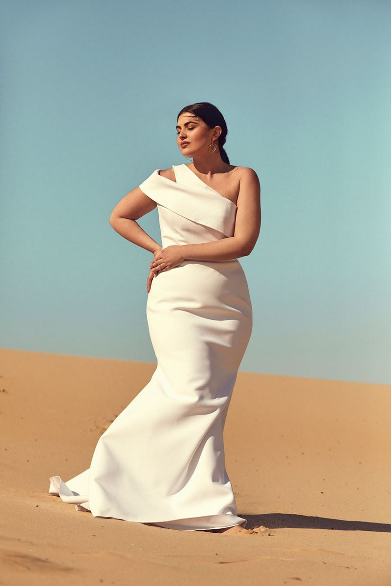 Chosen By One Day: Desert Rose Collection editorial bridal curve lyndel gown
