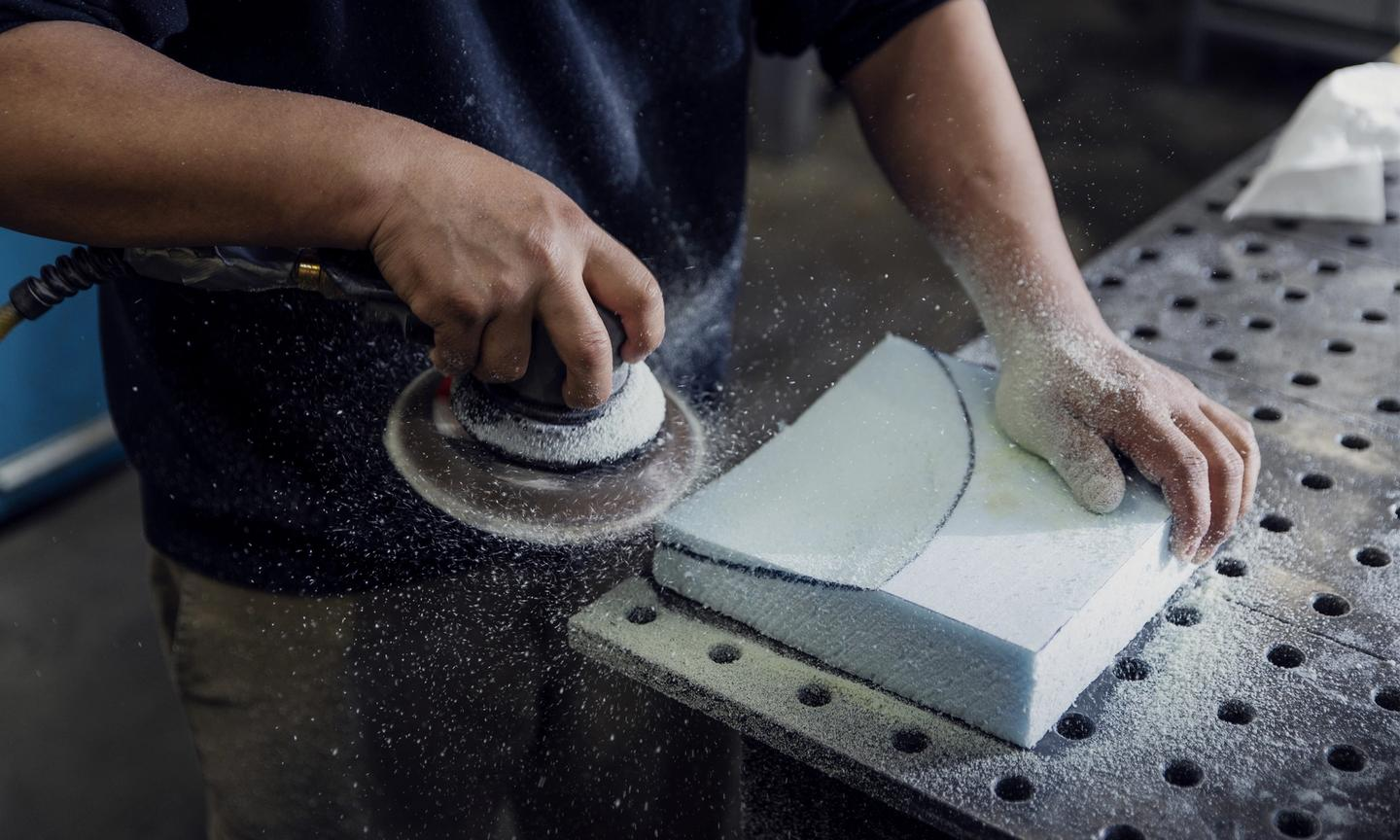 Form sanding and preparation, Workspace11