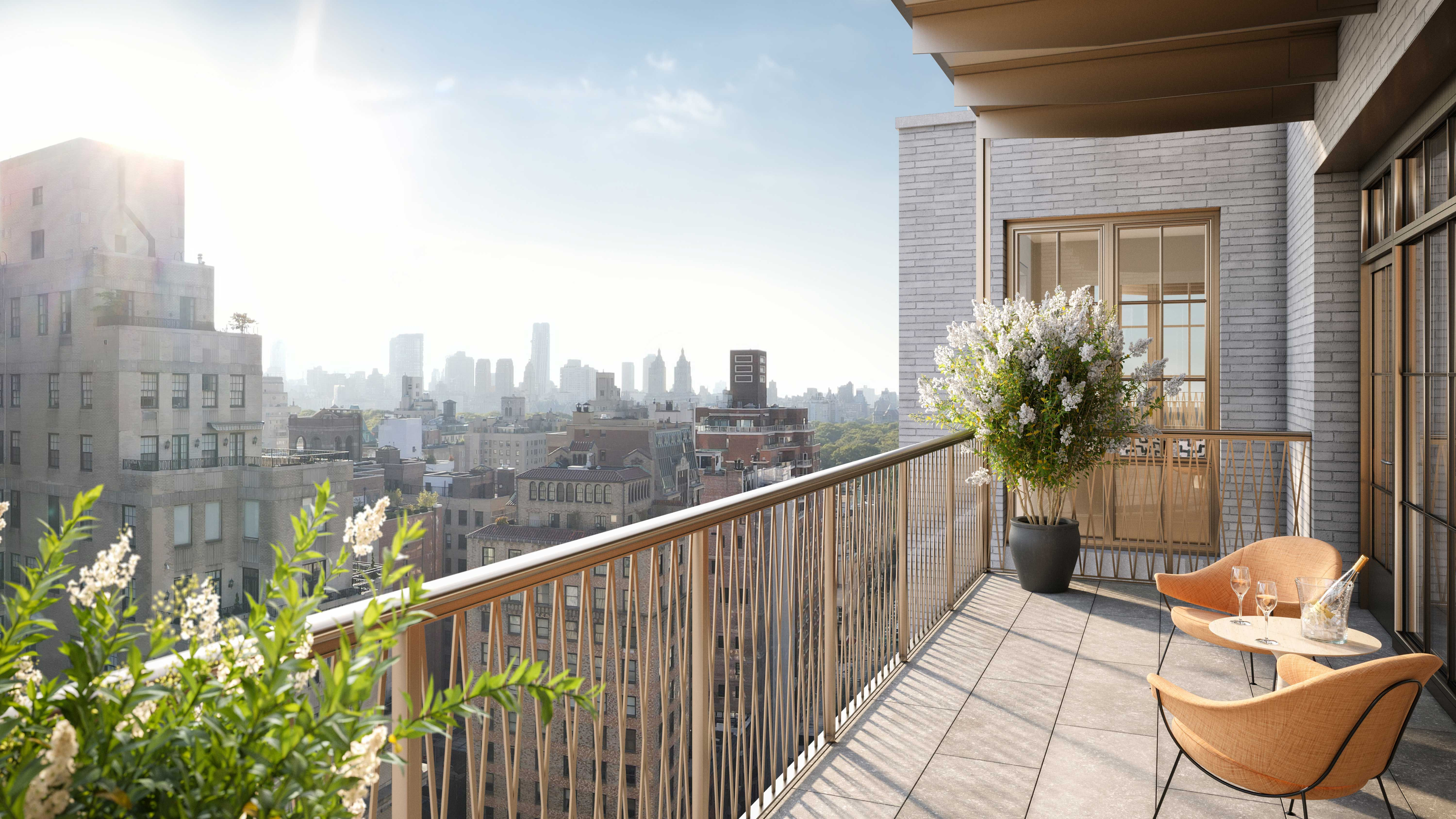 Penthouse 17 private balcony