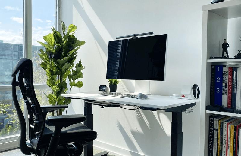 32 inch monitor standing desk setup