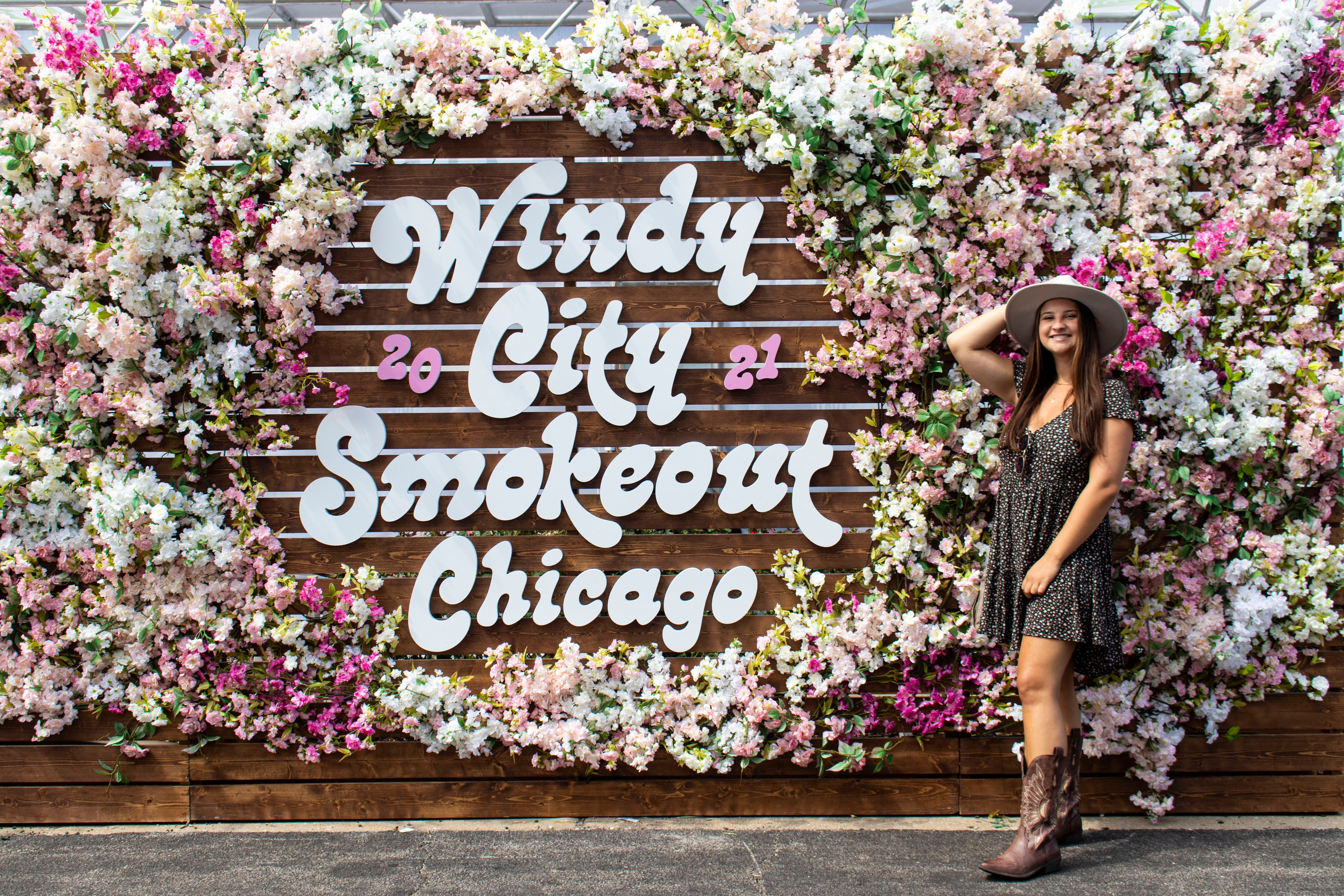 Madeleine OConnell At Windy City Smokeout