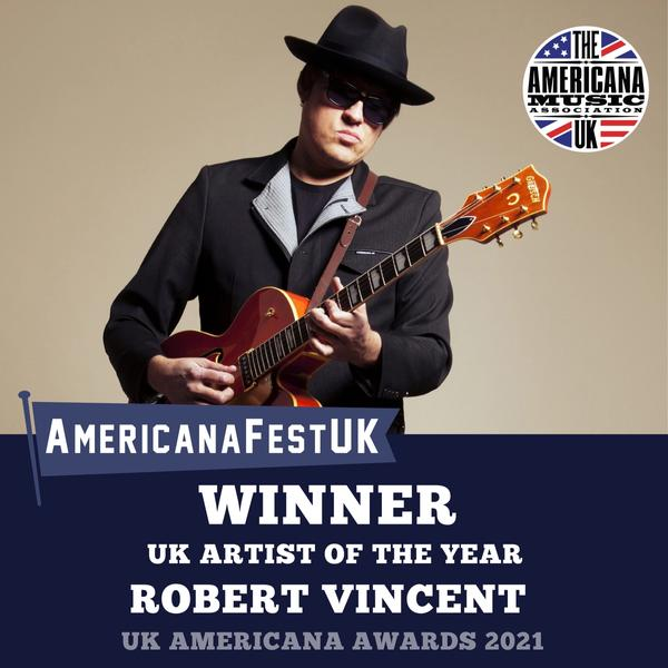 AMA UK Award Winner: UK Artist of the Year - Robert Vincent