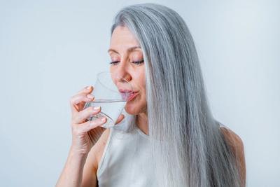 Integratori dopo i 50: le vitamine e i minerali da assumere