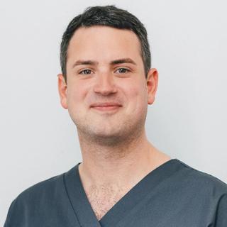 Dr Daniel Hunt