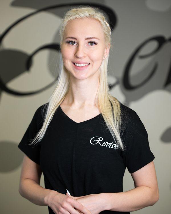 Linnéa Henningsen, Grundare och ägare, Personlig Tränare, Instruktör