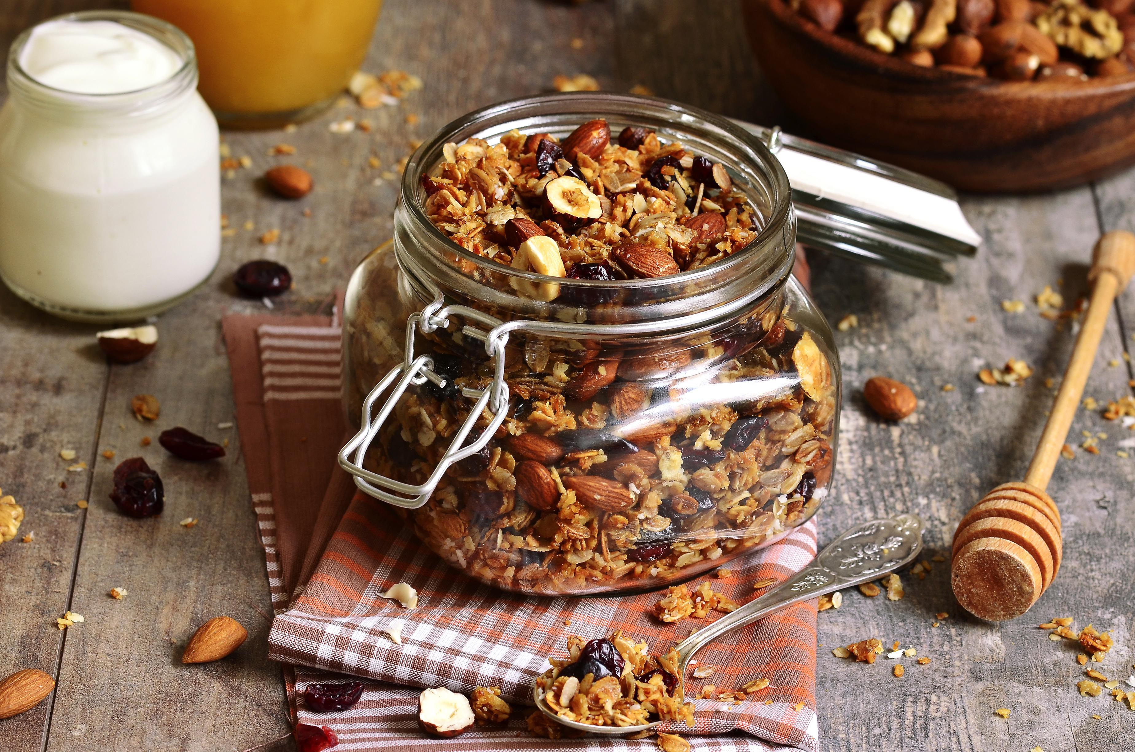 Granola maison cacao, noisettes & fleur de sel