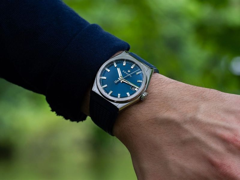 One of the Most Underrated Sports Watches - Zenith Defy Classic Review (2020)