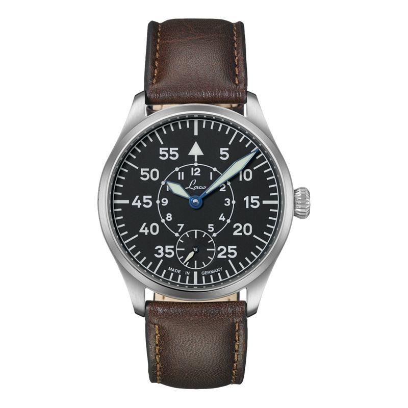 Pilot Watches Wurzburg