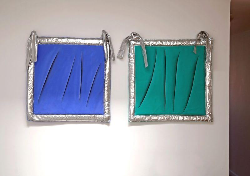 Ana Navas, Felino sobre cielo / Felino sobre turquesa, 2018, fabric, foam, acrylic,65 × 65 cm each,