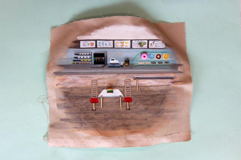 Ana Navas, Plates(in Process), 2021, plastic plate, acrylic, fabric, trinket, 22 cm,Ø,, photo: Berke Gold,