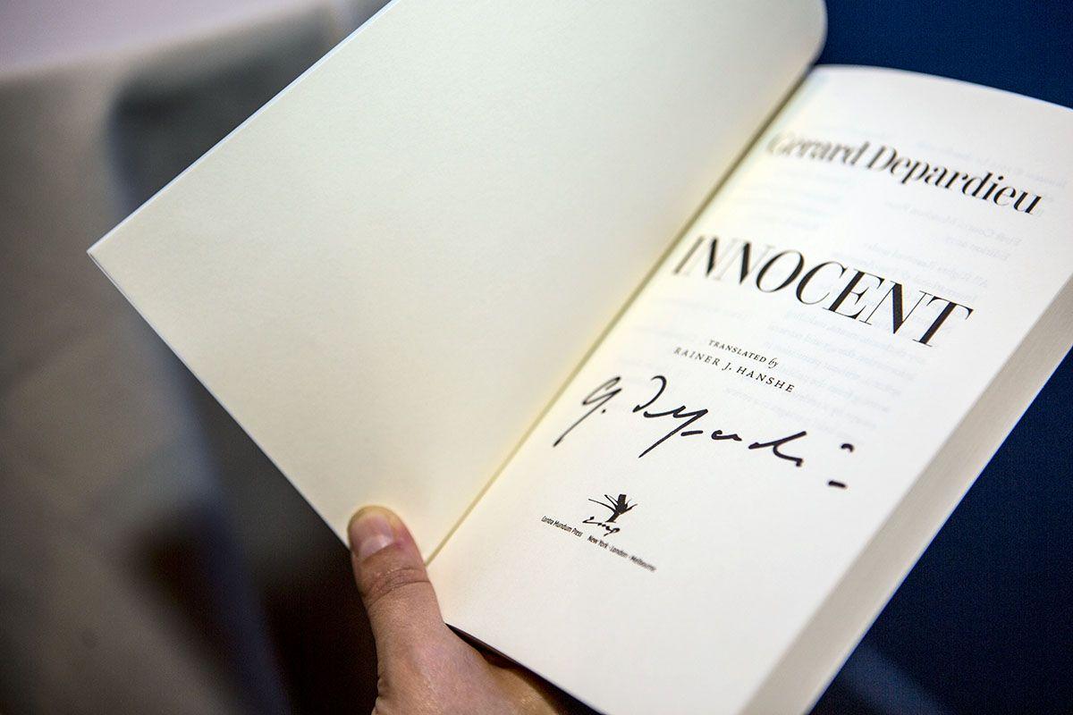 170918_FIAF_Depardieu_Booksign — photo: Maria Baranova