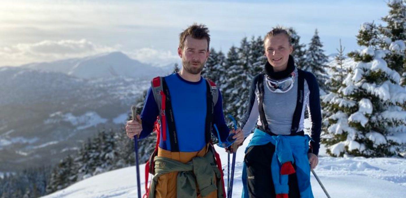 Line Bjelde og Henrik Furebotnen på ski i Sogndal